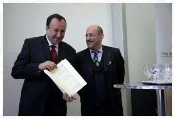 Nadanie profesury honorowej FU Berlin prof. Robertowi Trabie, 2006