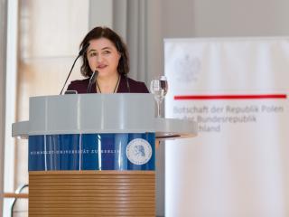 Prof. Brigitta Helbig-Mischewski (Deutsch-Polnisches Forschungsinstitut Collegium Polonicum)